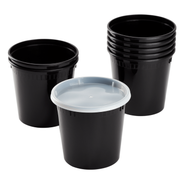 Karat 24 oz Black PP Injection Molded Round Deli Containers with Lids - 240 Sets