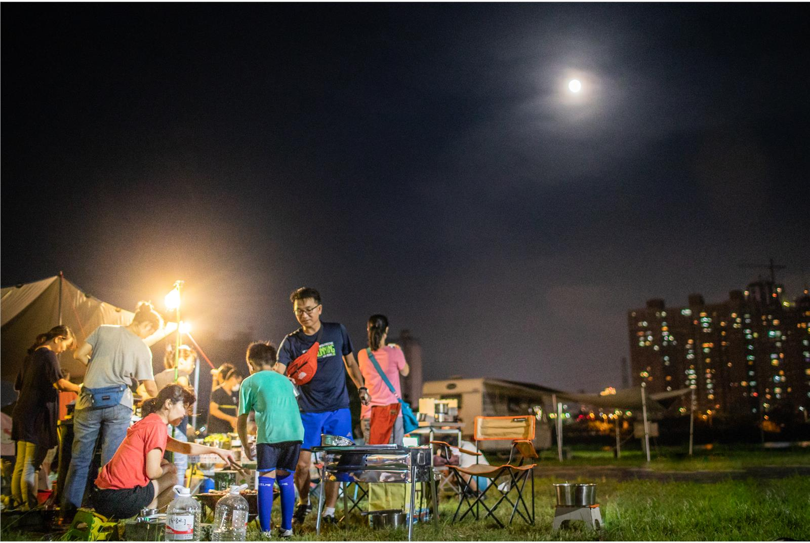 Autumn BBQ in Taiwan. Photo from Youth Daily News on September 24, 2018